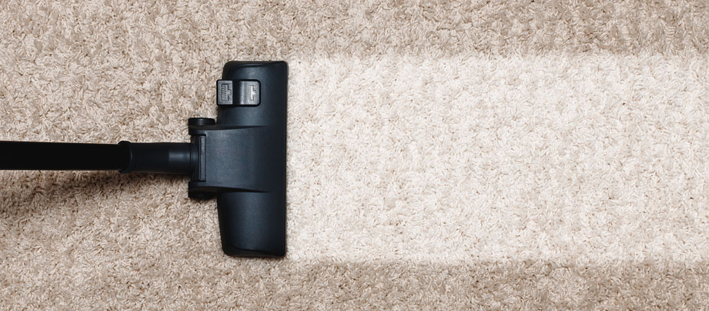 Commercial Cleaning & Restoration   Dirty Carpet